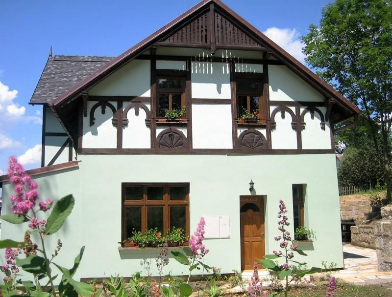 "Pension ""Arosa"" - Gebäude"